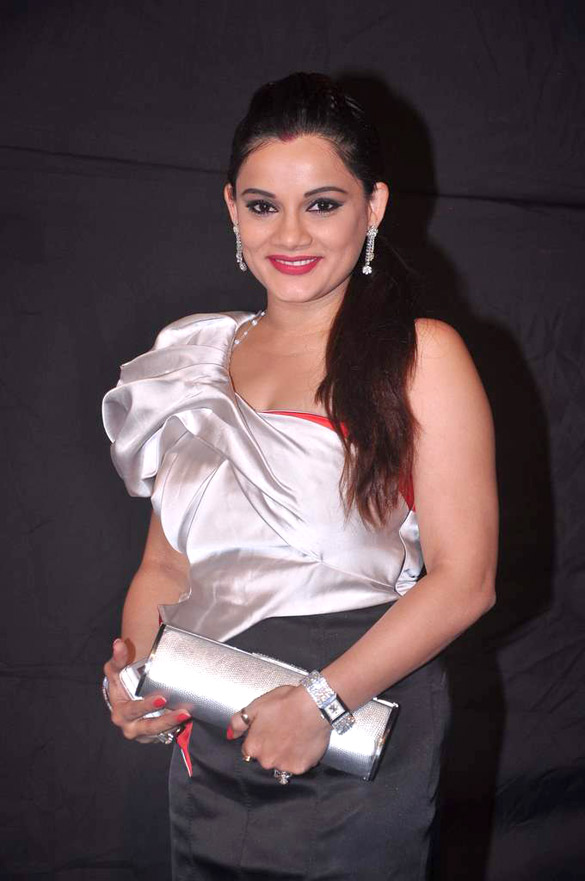 Kanika Maheshwari - Wikipedia