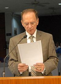 George Cretekos American politician