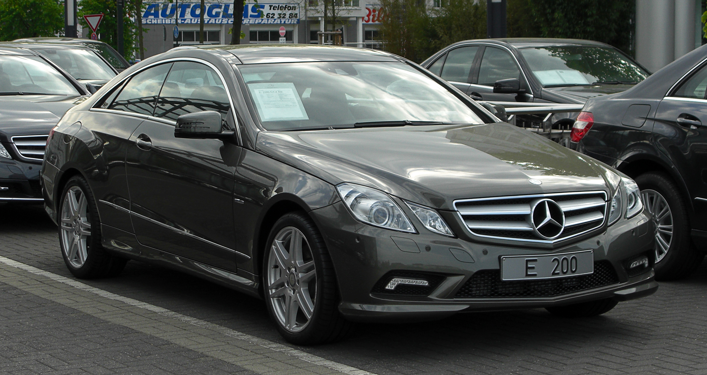 file mercedes benz e 200 cgi blueefficiency coup sport