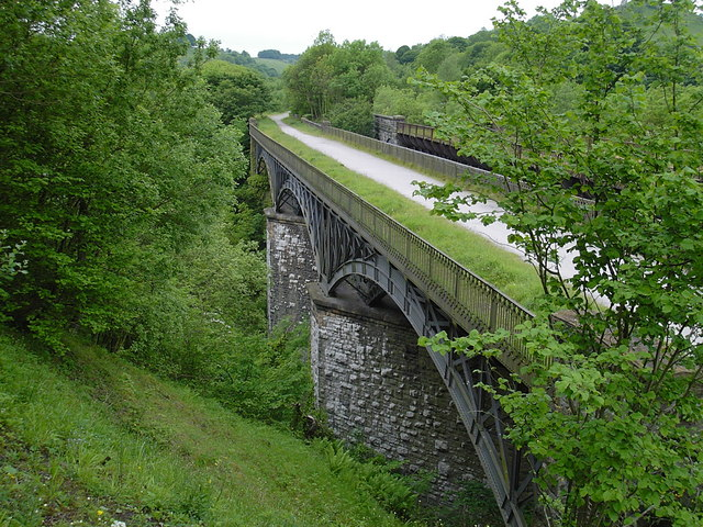 Miller's Dale - south railway viaduct from lime kilns - geograph.org.uk - 625677