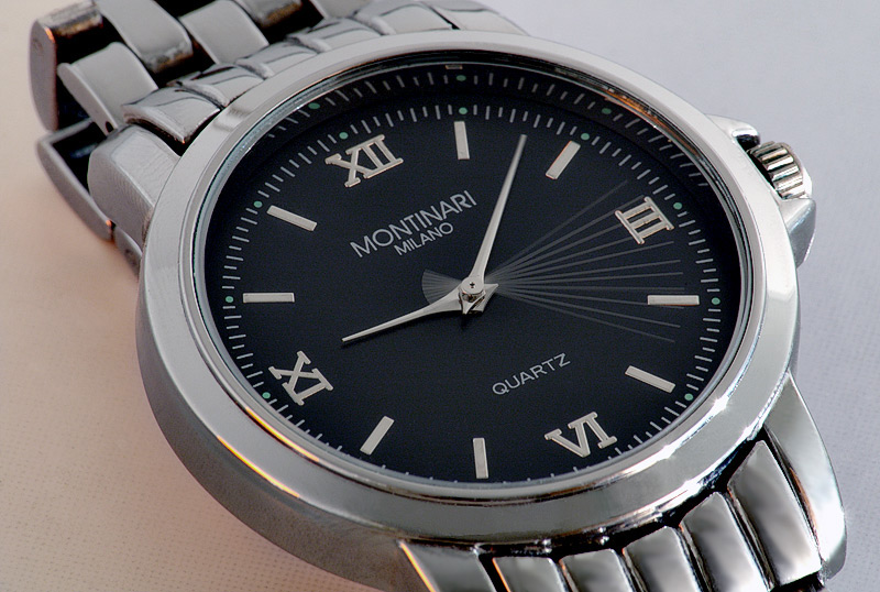 50eeb68ca4b7 Reloj de cuarzo - Wikipedia