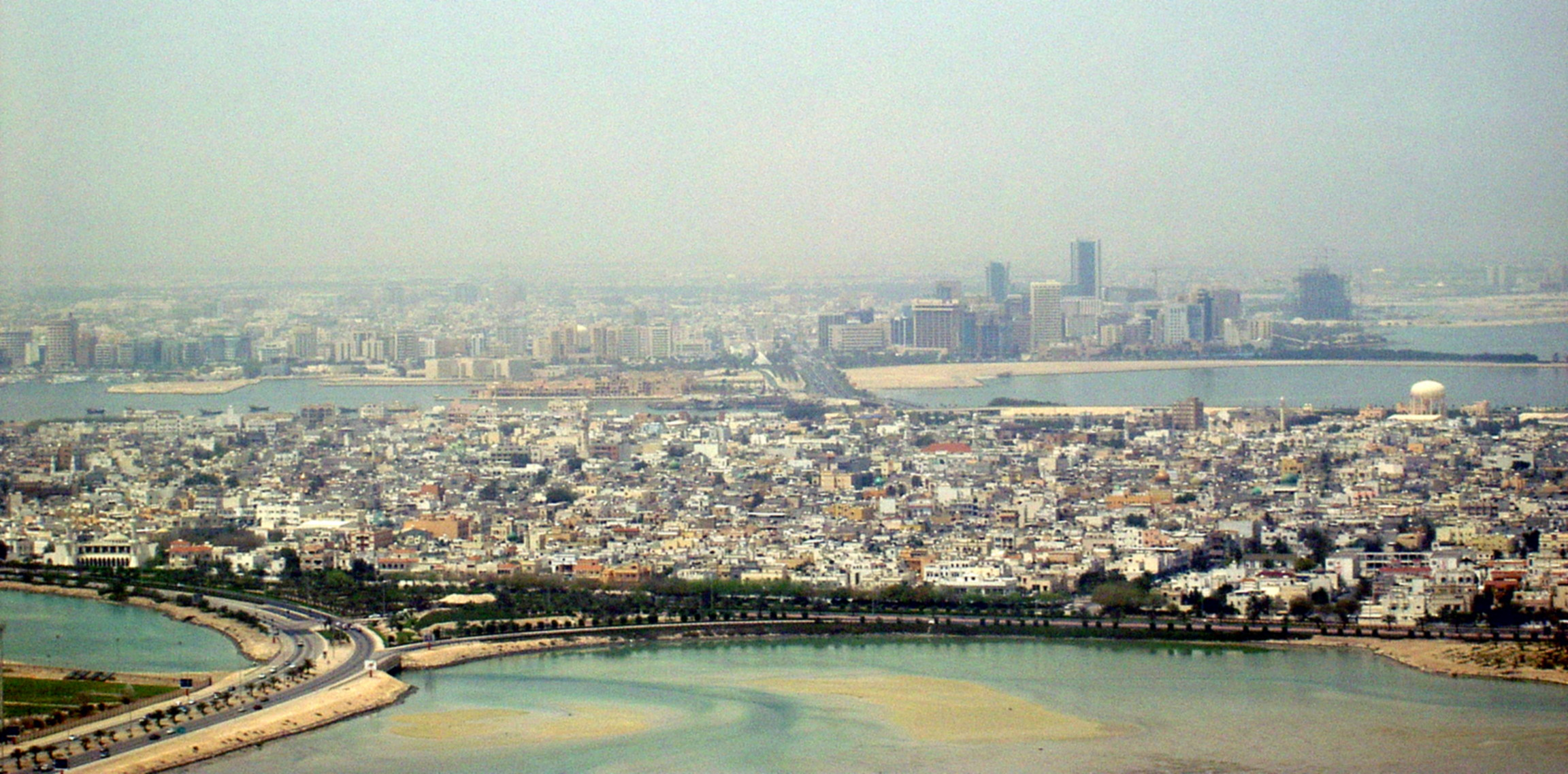 File:Muharraq and Manama.jpg - Wikipedia, the free encyclopedia