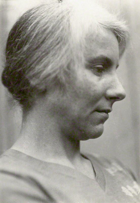 Portrait of Noël Olivier in 1923