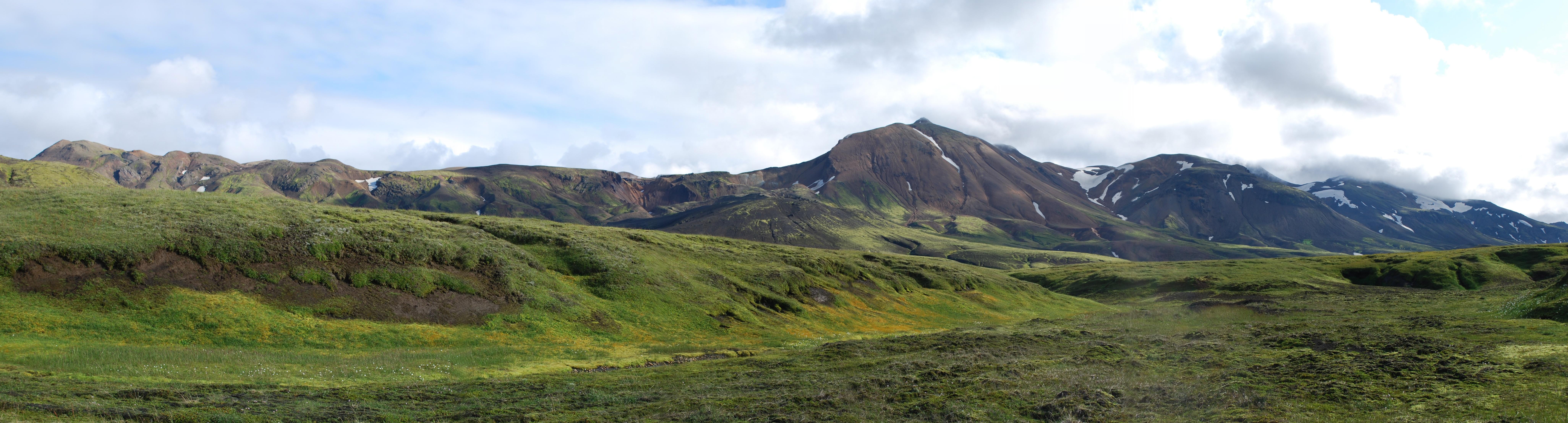 Description Rainbow Mountains in Landmannalaugar region - panorama (1 ...