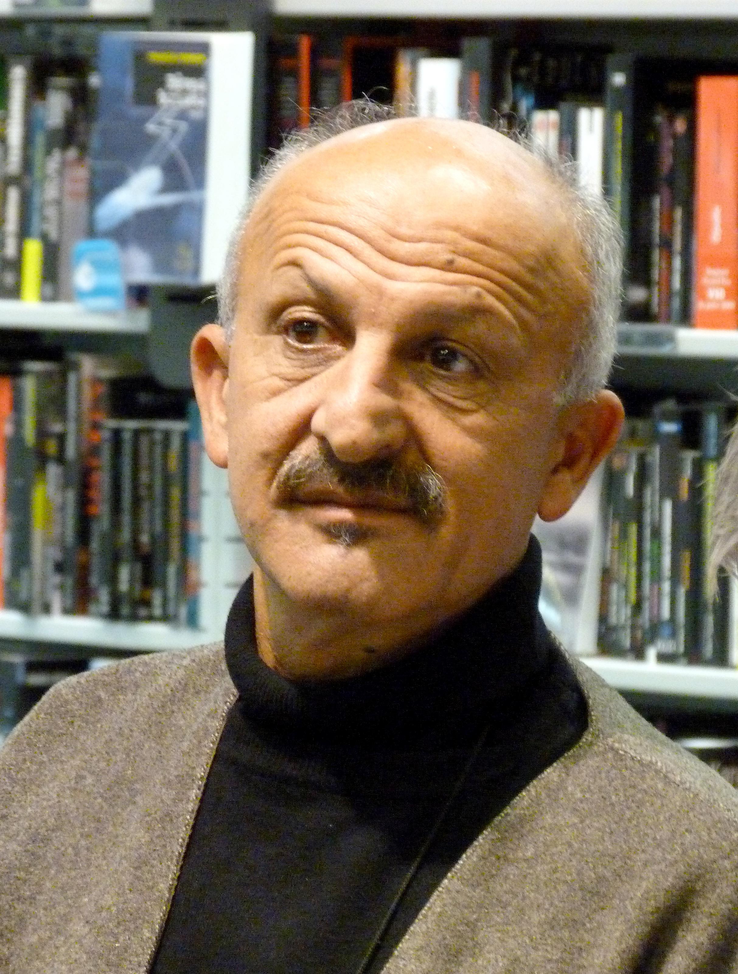 Image of Reza Deghati from Wikidata