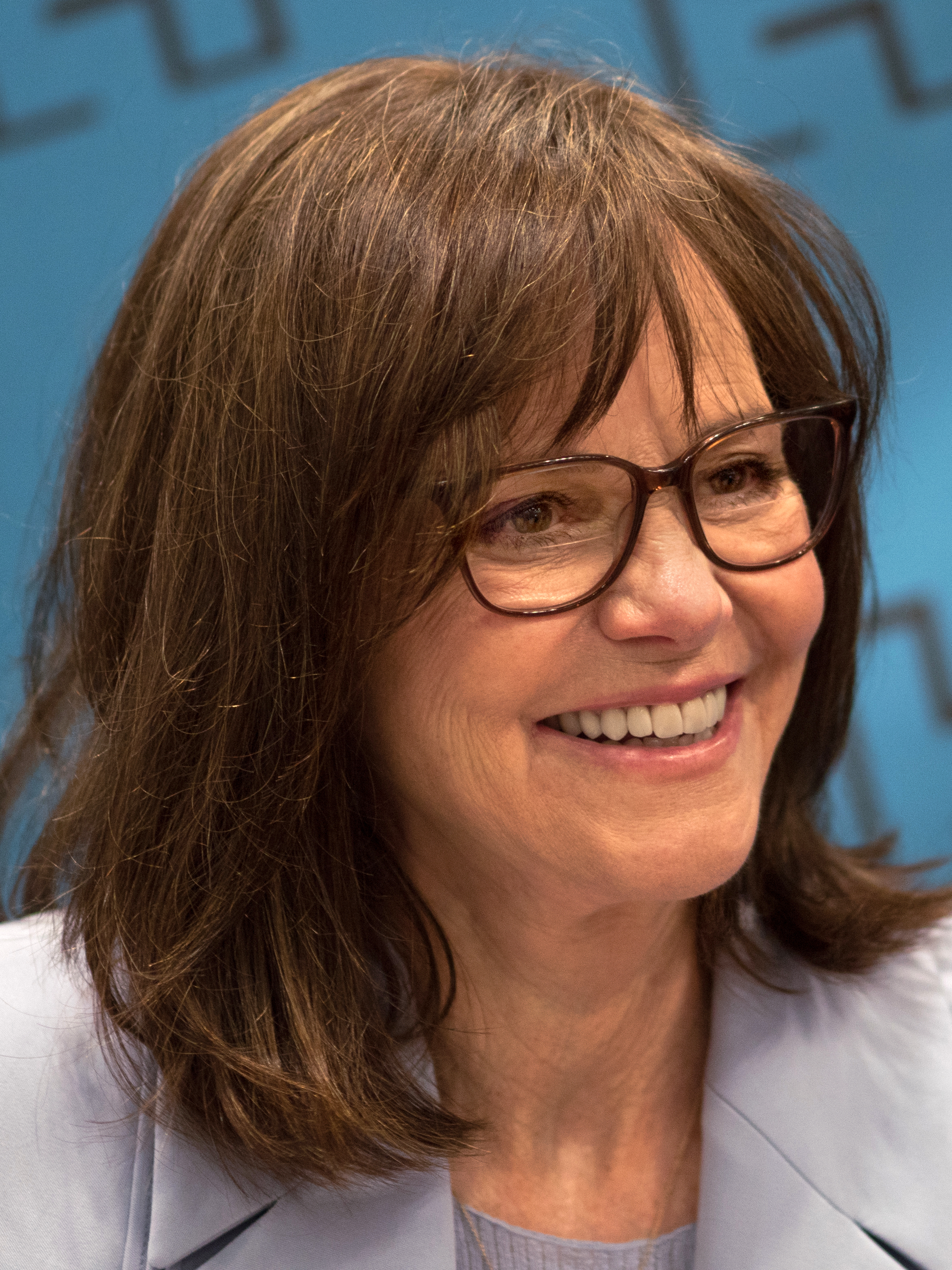 The 73-year old daughter of father (?) and mother(?) Sally Field in 2020 photo. Sally Field earned a million dollar salary - leaving the net worth at million in 2020