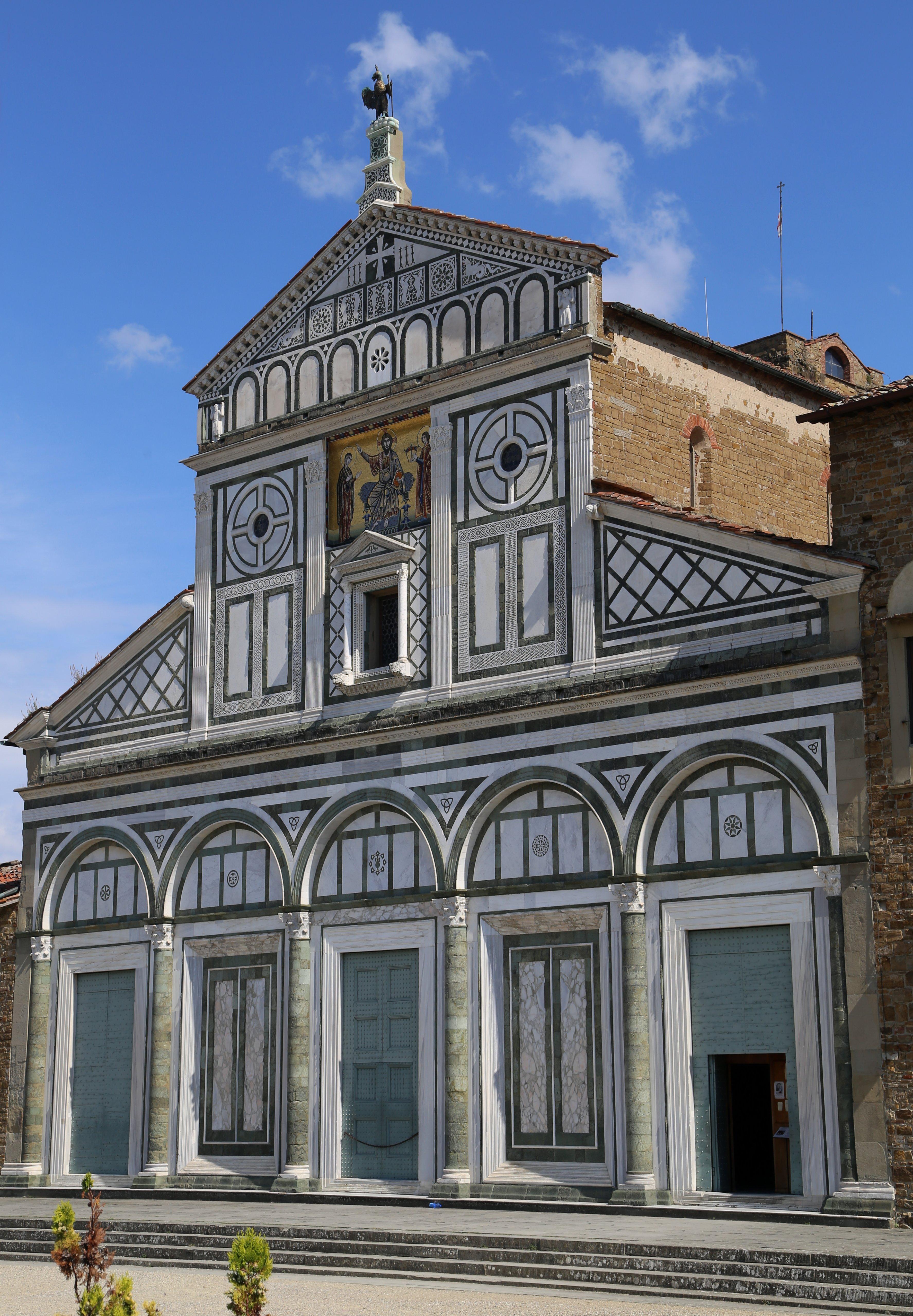 San Miniato al Monte Fassade Florenz-11.jpg