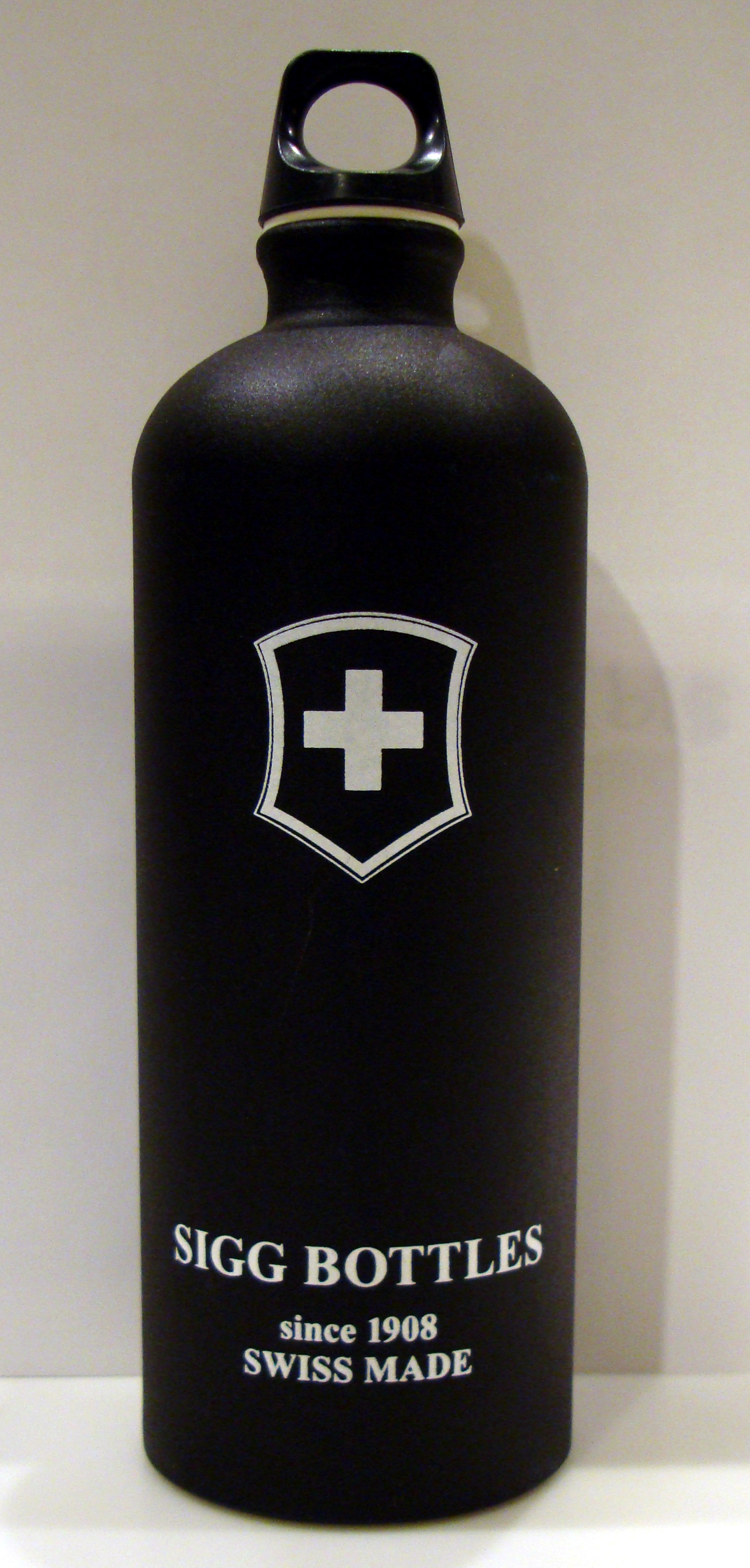 Wiggle | Sigg Swiss Cross Touch 1L Bottle | Water Containers