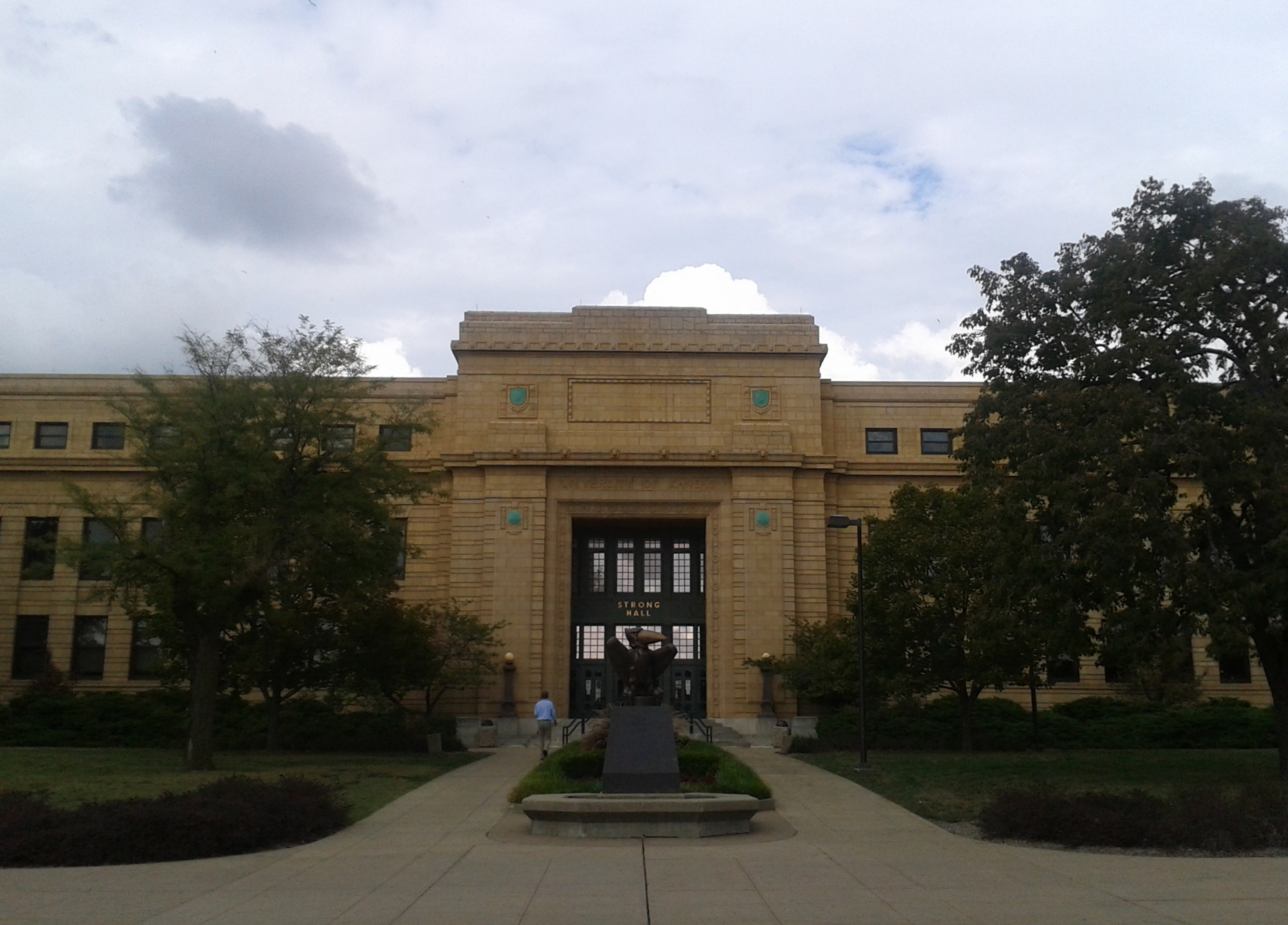 ku campus map with File Strong Hall University Of Kansas  Lawrence C Us on Kontakt as well Dorm besides C us Map besides Kansas City Public Library Plaza Branch together with Kutztown C us Map.