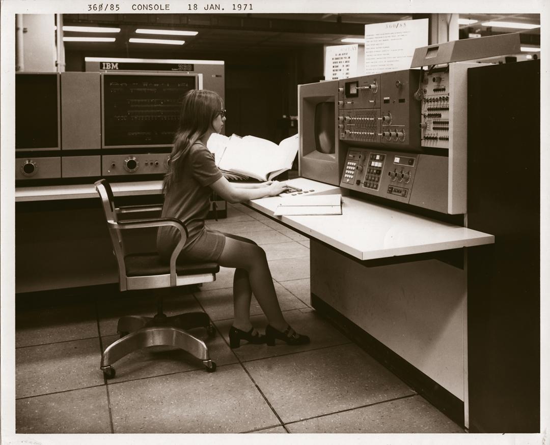 IBM 360/85 console