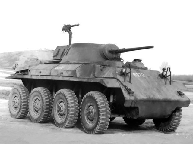 T27-armored-car.jpg