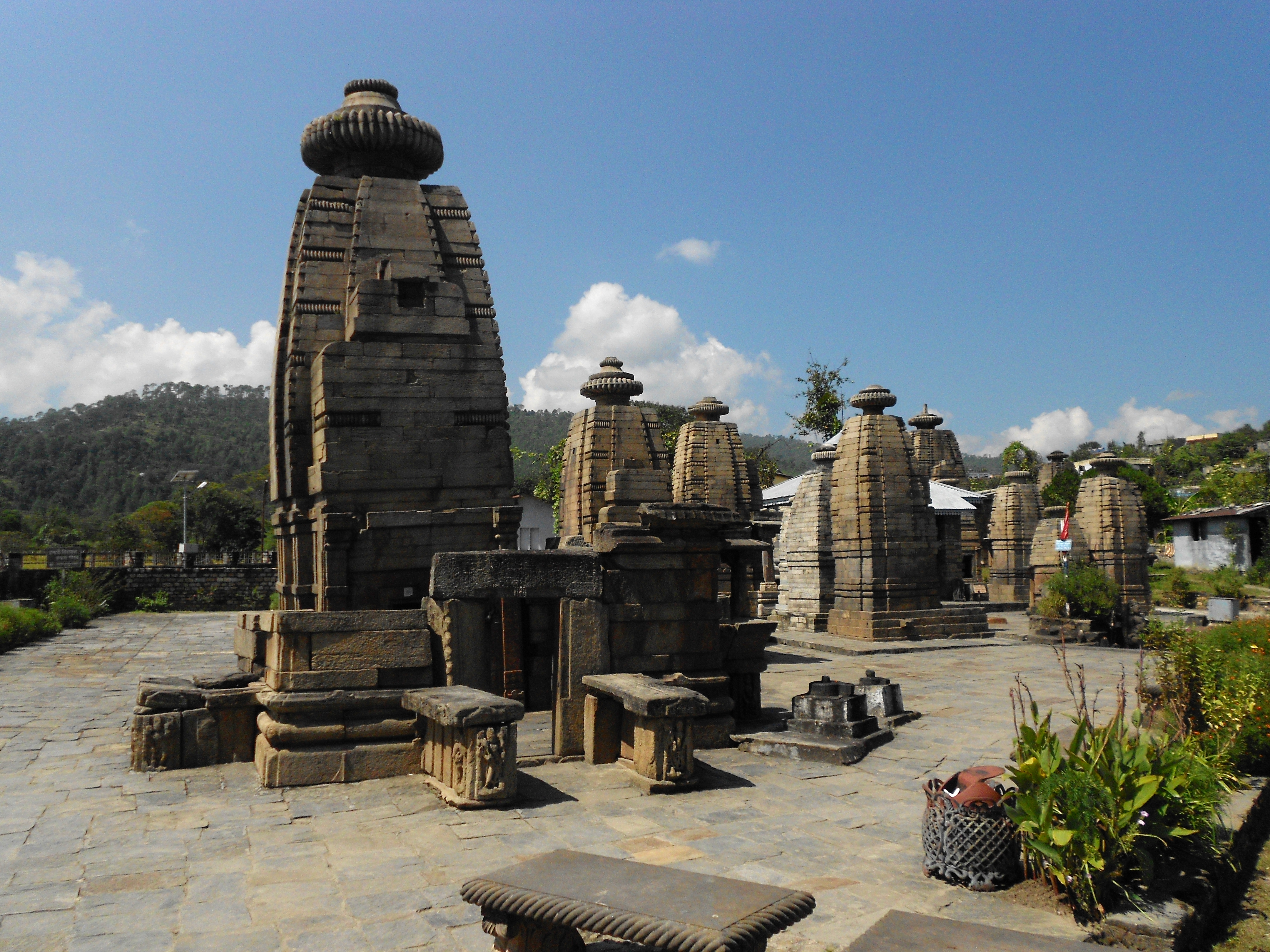 Description Temples of Baijnath  Uttarakhand  India jpgUttarakhand Temple Map