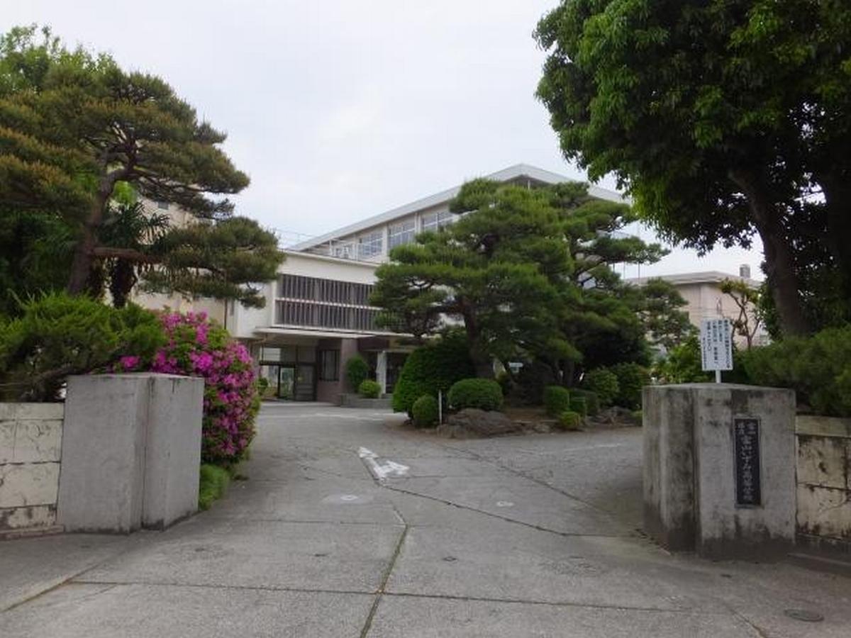 富山いずみ高等学校