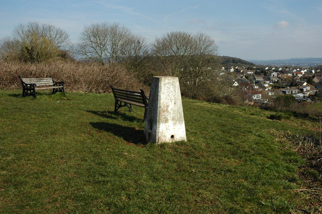 Trig point on Dial Hill - geograph.org.uk - 1760263