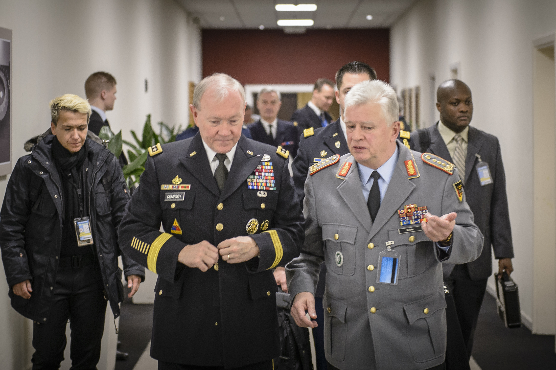 File u s army gen martin e dempsey left chairman of for Chair joint chiefs of staff