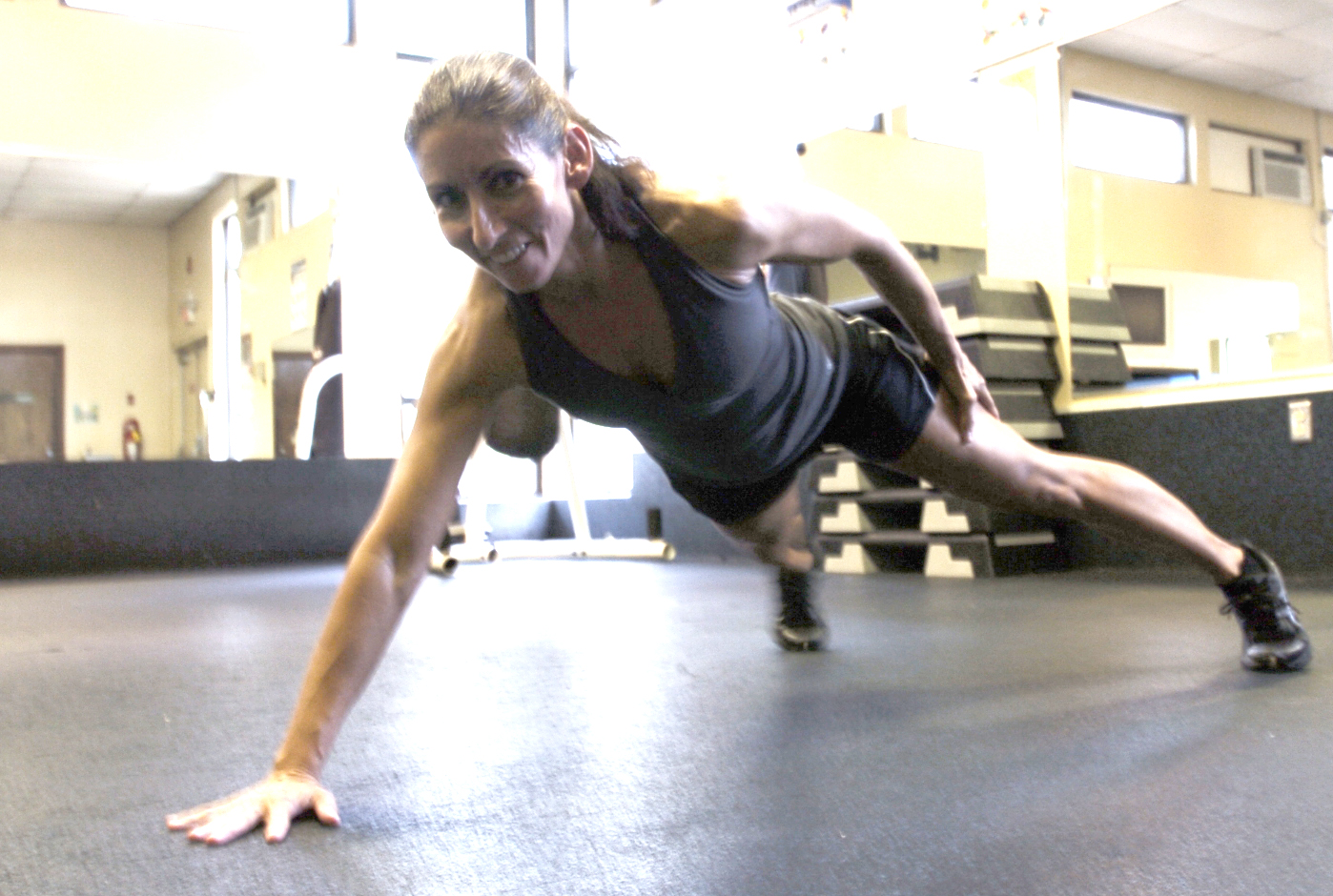 Build Arm Muscle With Pushups