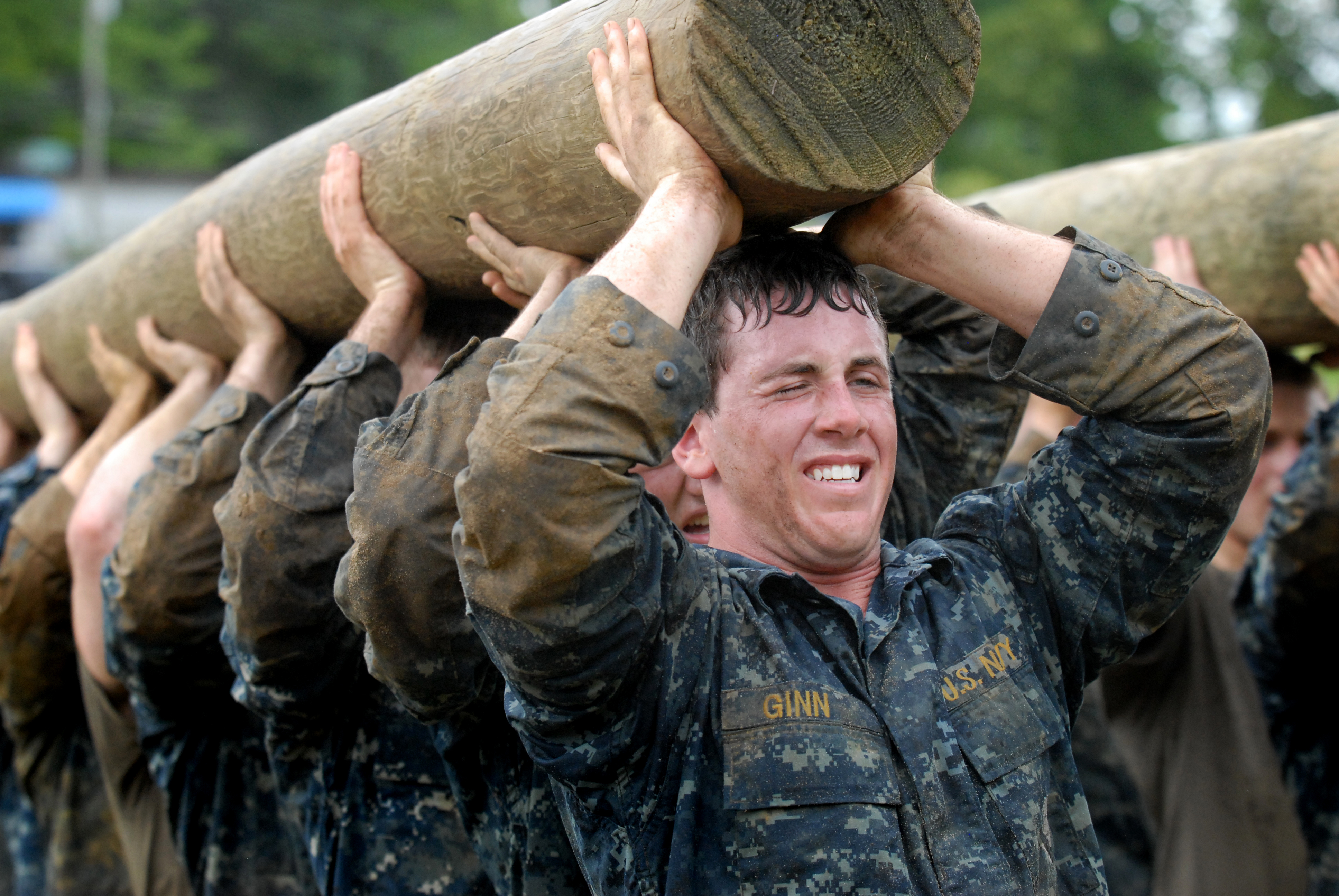File:US Navy 110517-N-OA833-007 Plebes carry a modified ...