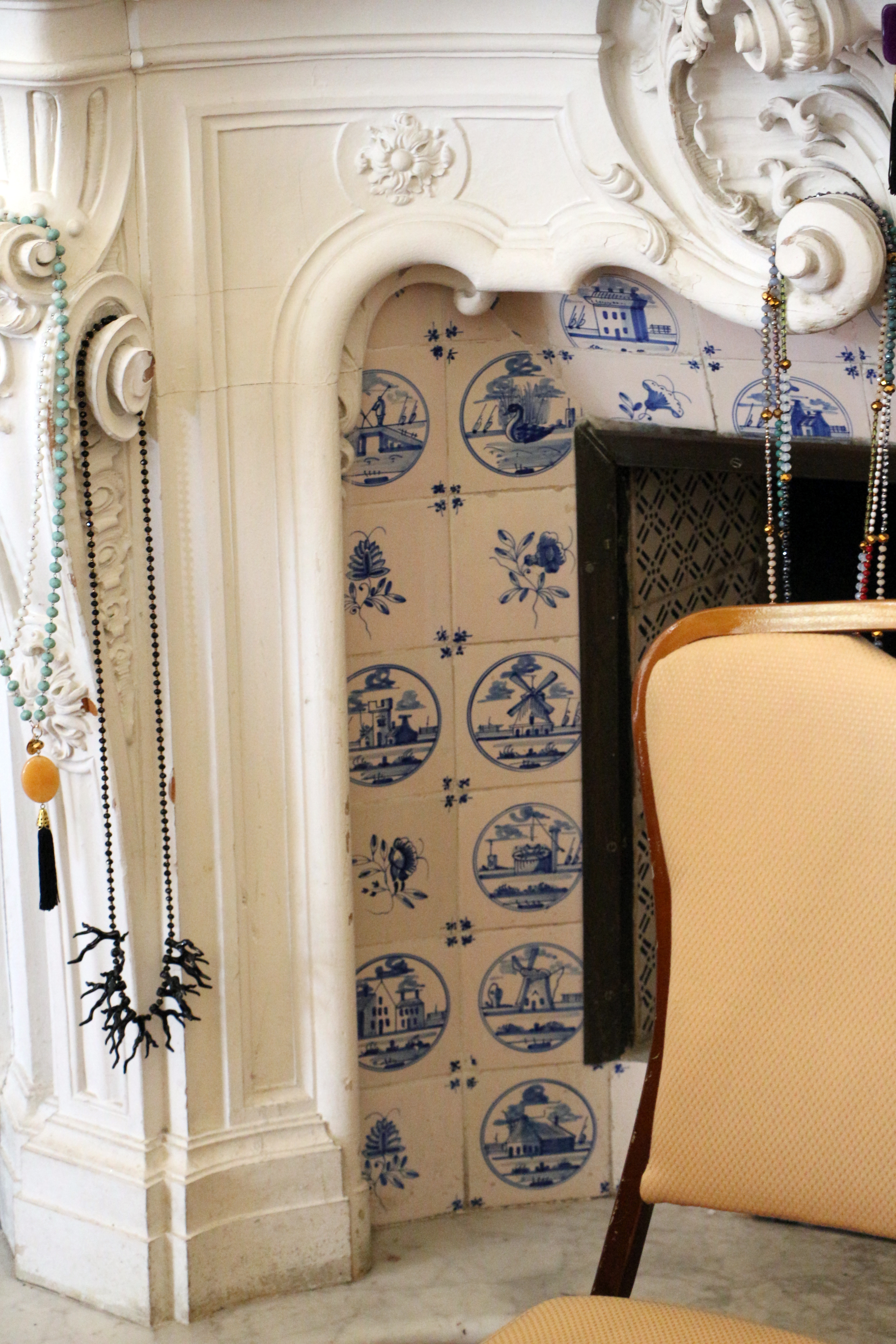 File villa di montalto interno sala degli stucchi for Sala con camino