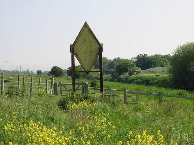 Warning sign on the Saxon Shore Way - geograph.org.uk - 454775
