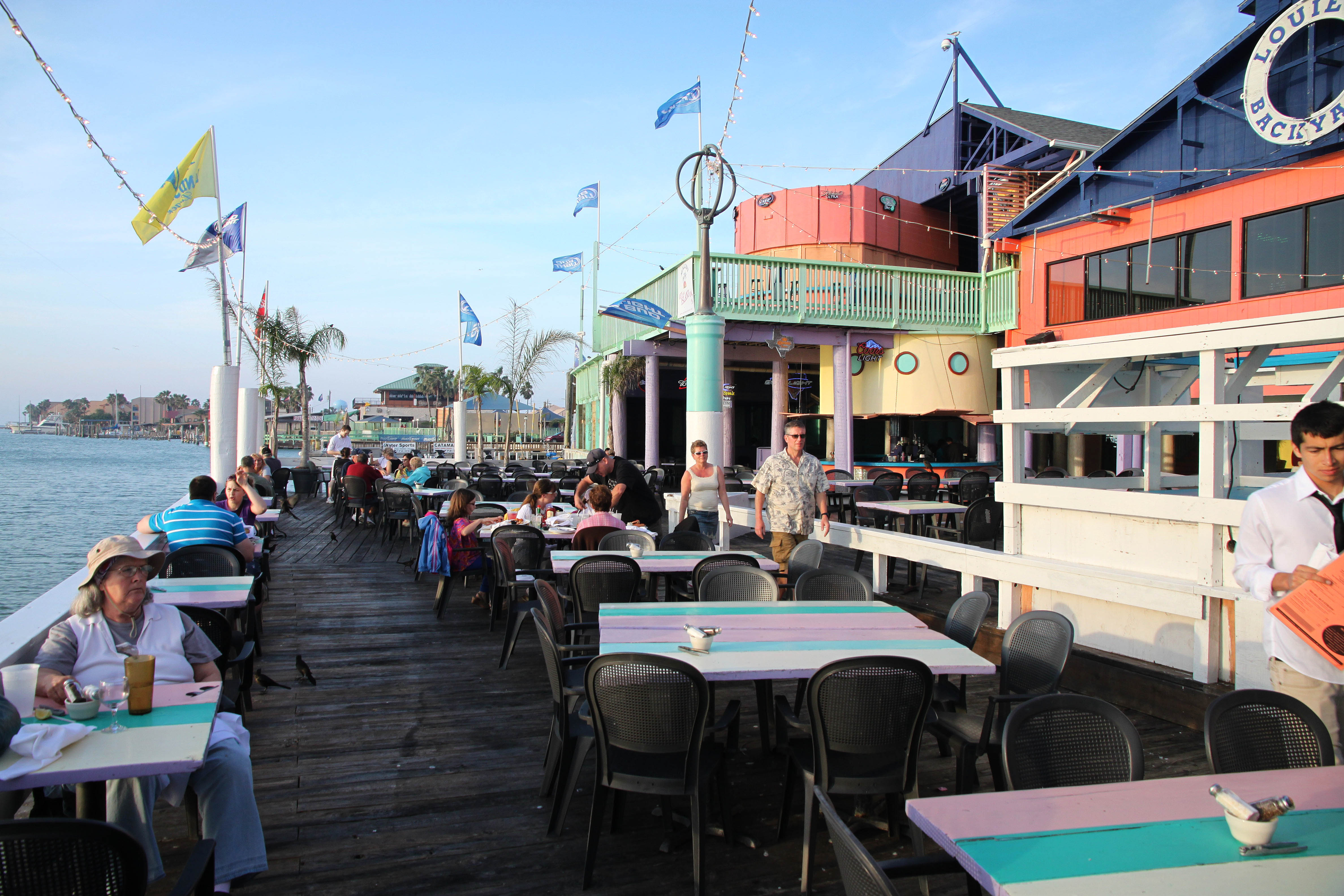 File:01d - SOUTH PADRE ISLAND, Louie's Backyard Restaurant ...