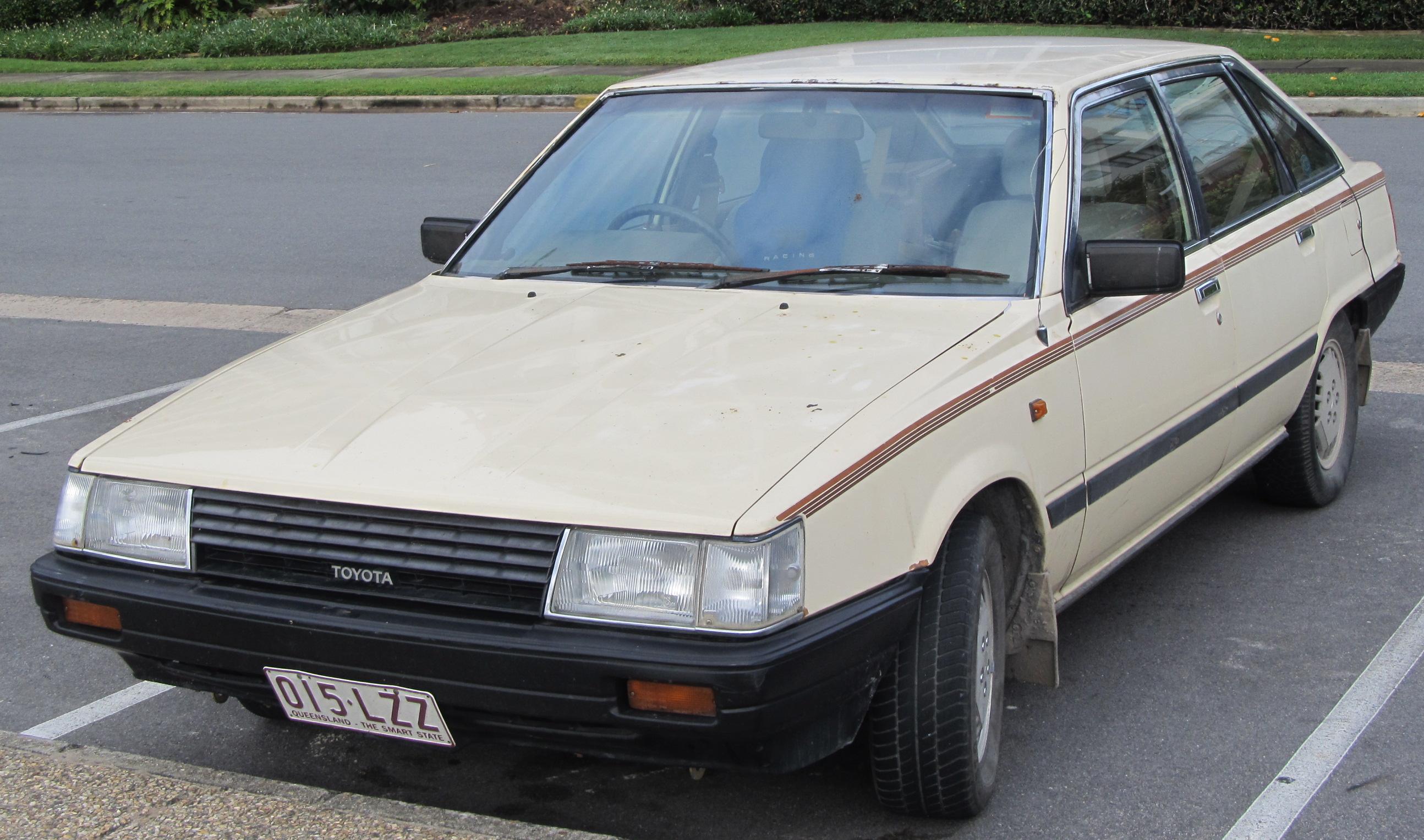 File 1984 toyota camry sv11 gli hatchback 8079275412 jpg