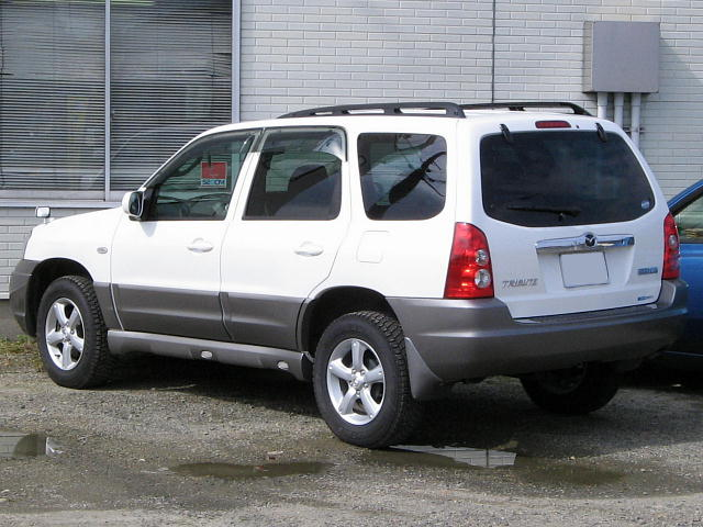 File:2000-2006 Mazda Tribute 02.jpg - Wikimedia Commons