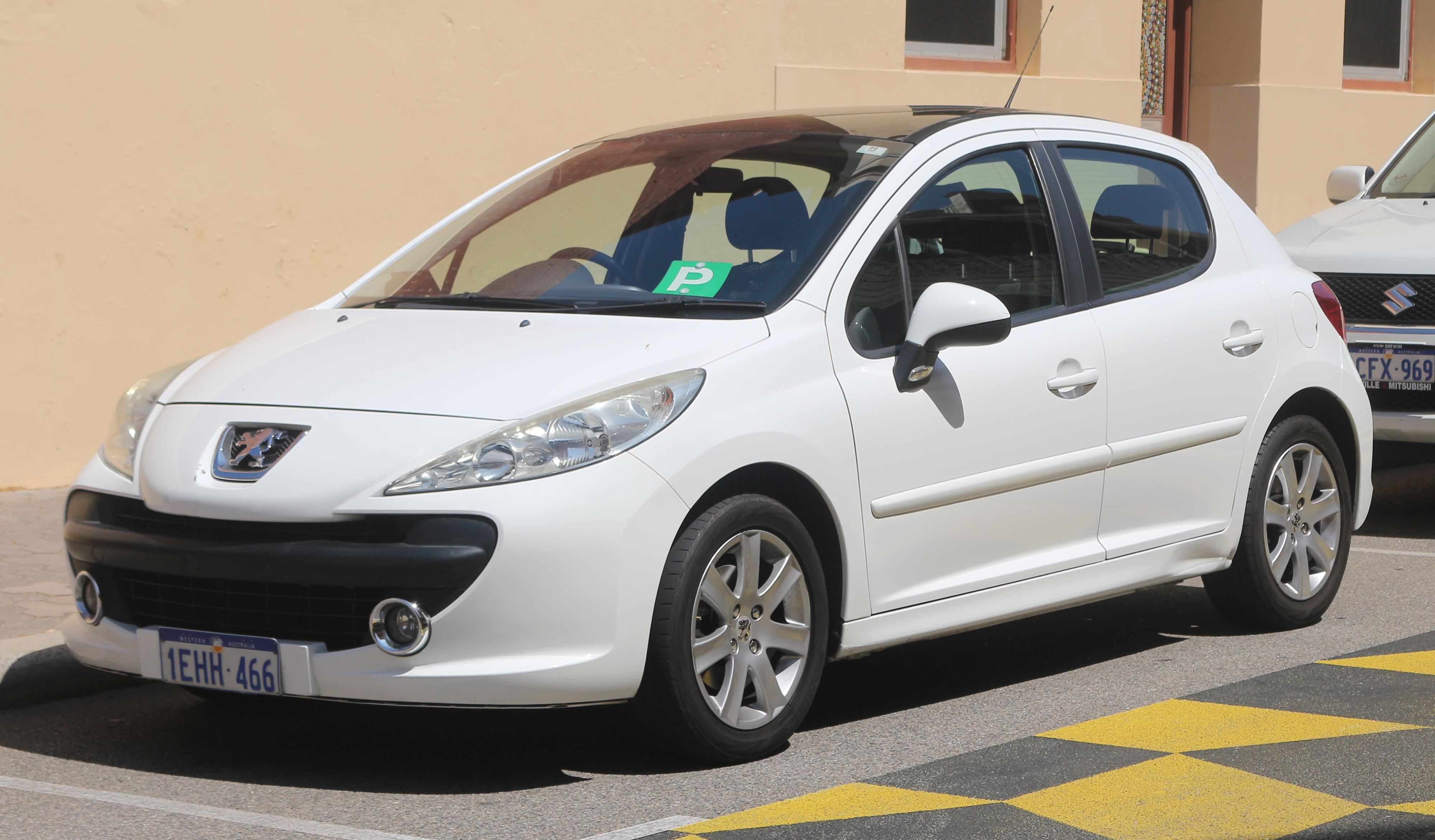 File:2007-2009 Peugeot 207 (A7) XE 5-door hatchback (2018-11-13) 01.jpg -  Wikimedia Commons