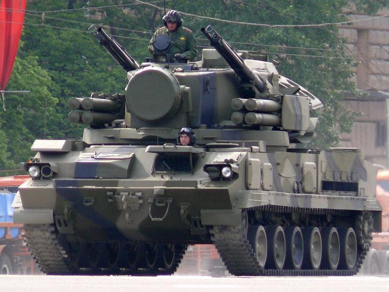 2008 Moscow Victory Day Parade - 9K22 Tunguska.jpg