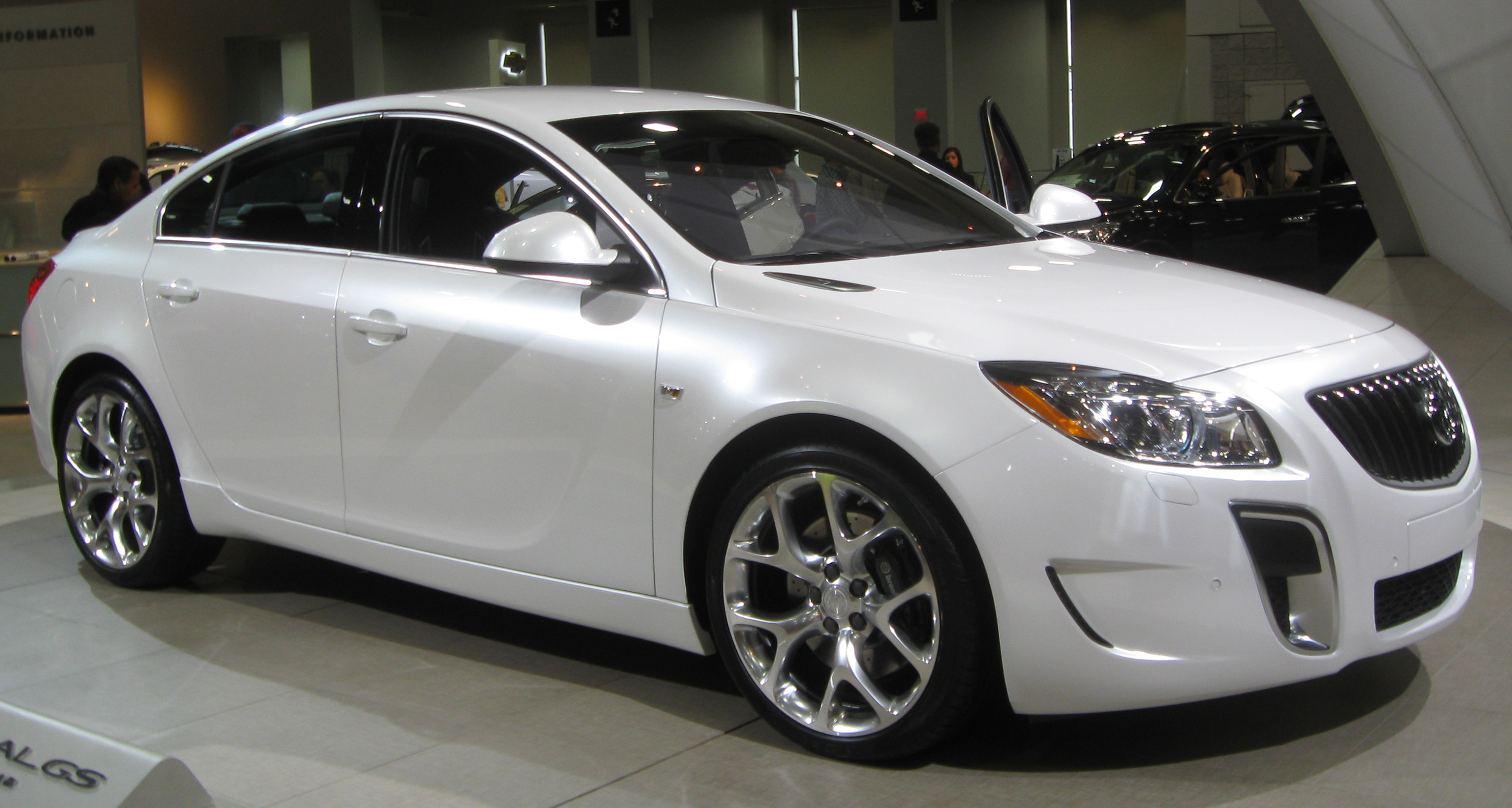 File:2011 Buick Regal GS 1 -- 2010 DC.jpg - Wikimedia Commons