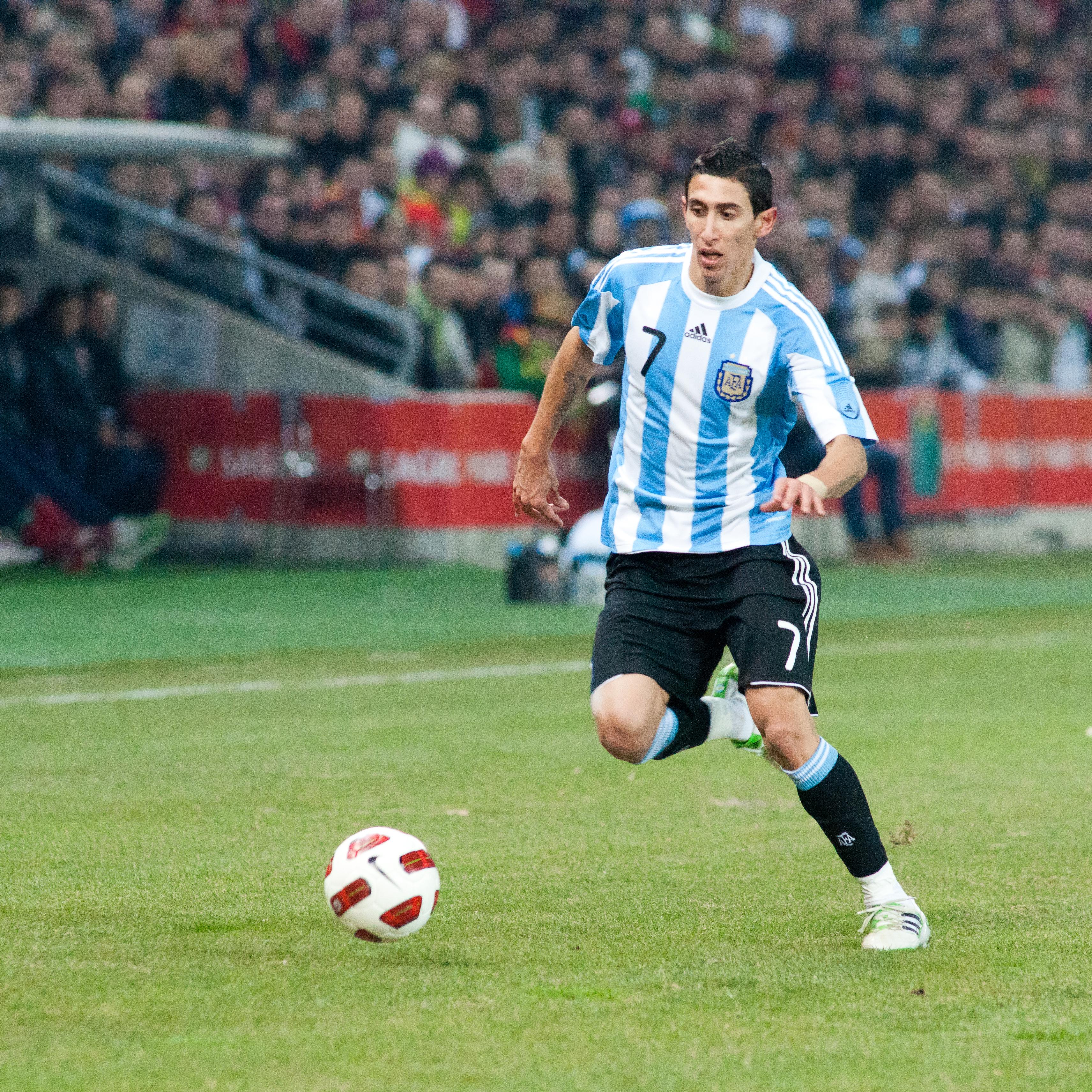 File Angel Di Maria – Portugal vs Argentina 9th February 2011 1