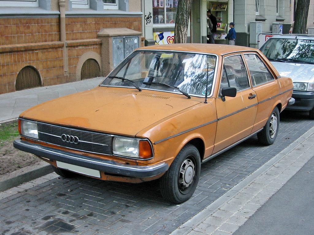 http://upload.wikimedia.org/wikipedia/commons/1/1c/Audi_80_b1_facelift_v_sst.jpg