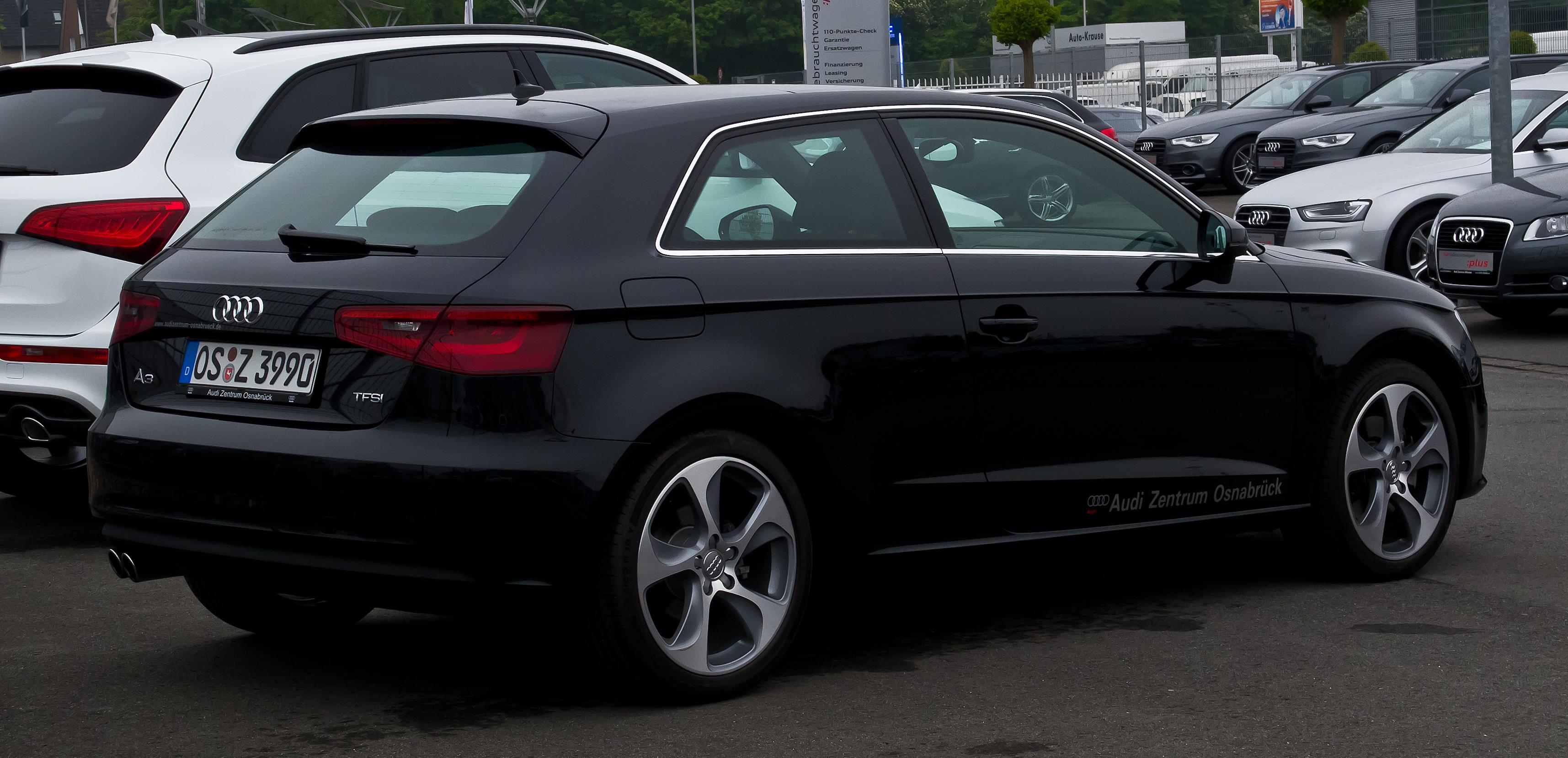 File:Audi A3 1.8 TFSI Ambition (8V) – Heckansicht, 17. Mai ...