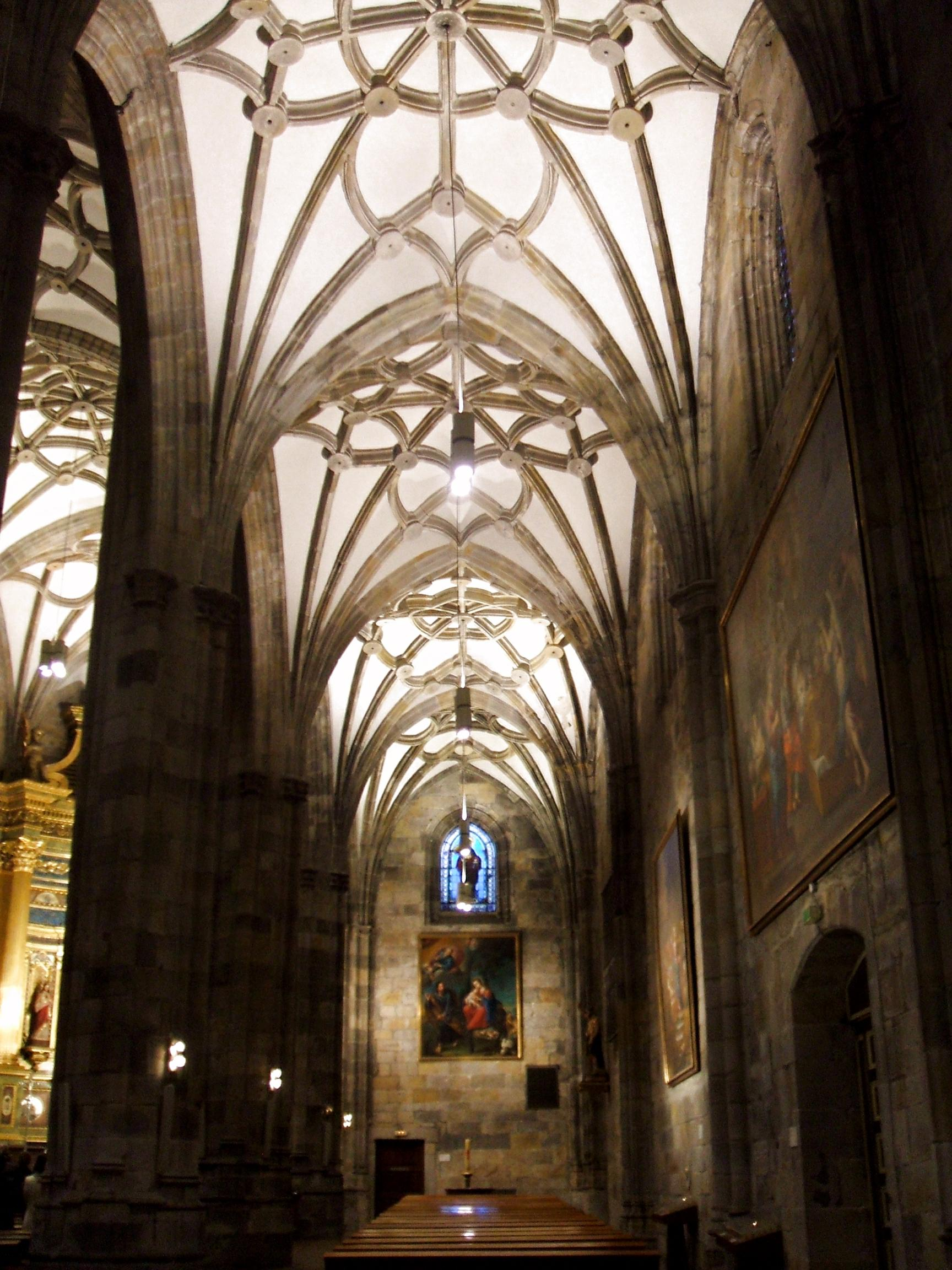 File:Bilbao - Basilica de Begoña 03.JPG - Wikimedia Commons