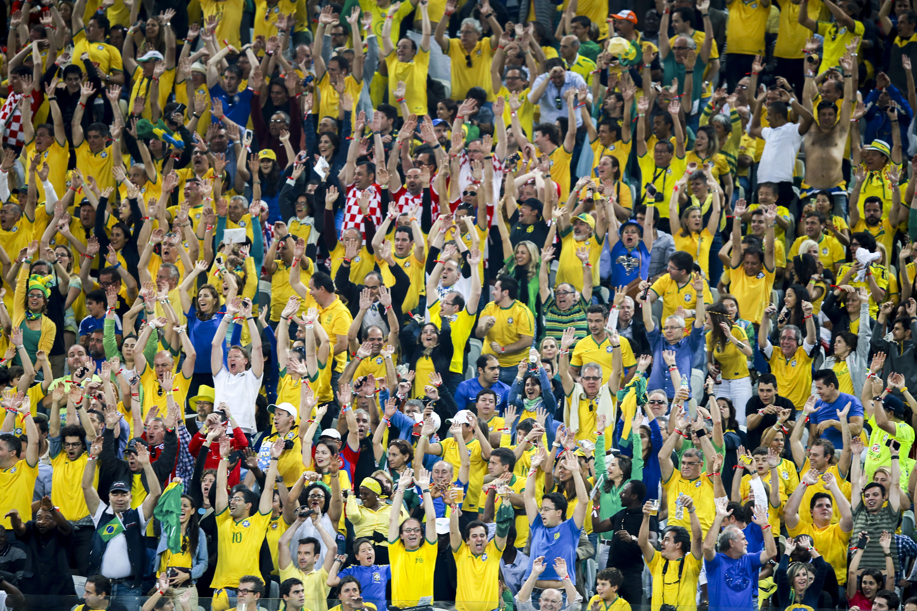 41f342129 File Brazil and Croatia match at the FIFA World Cup (2014-06-12 ...
