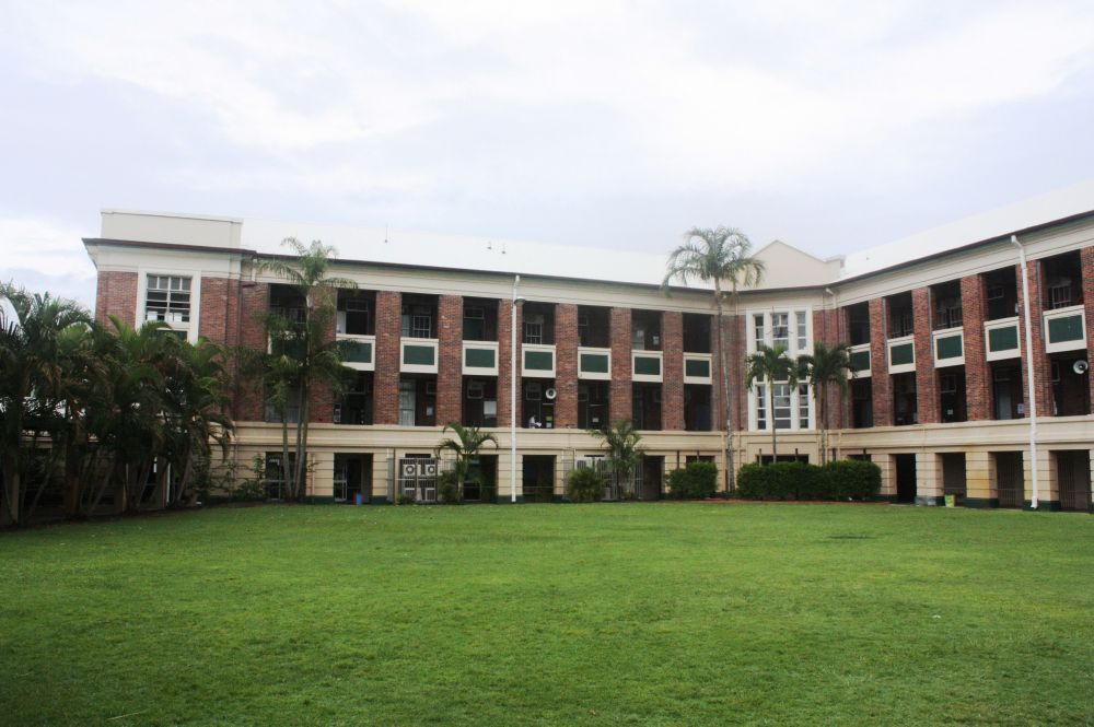 File cairns technical college and high school building for Best old school house