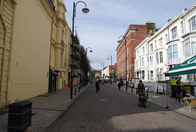 File:Cambridge Rd - geograph.org.uk - 1189572.jpg