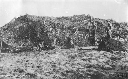 File:Camouflaged8inchHowitzerAustralian1stSiegeBatteryOctober1917.jpeg