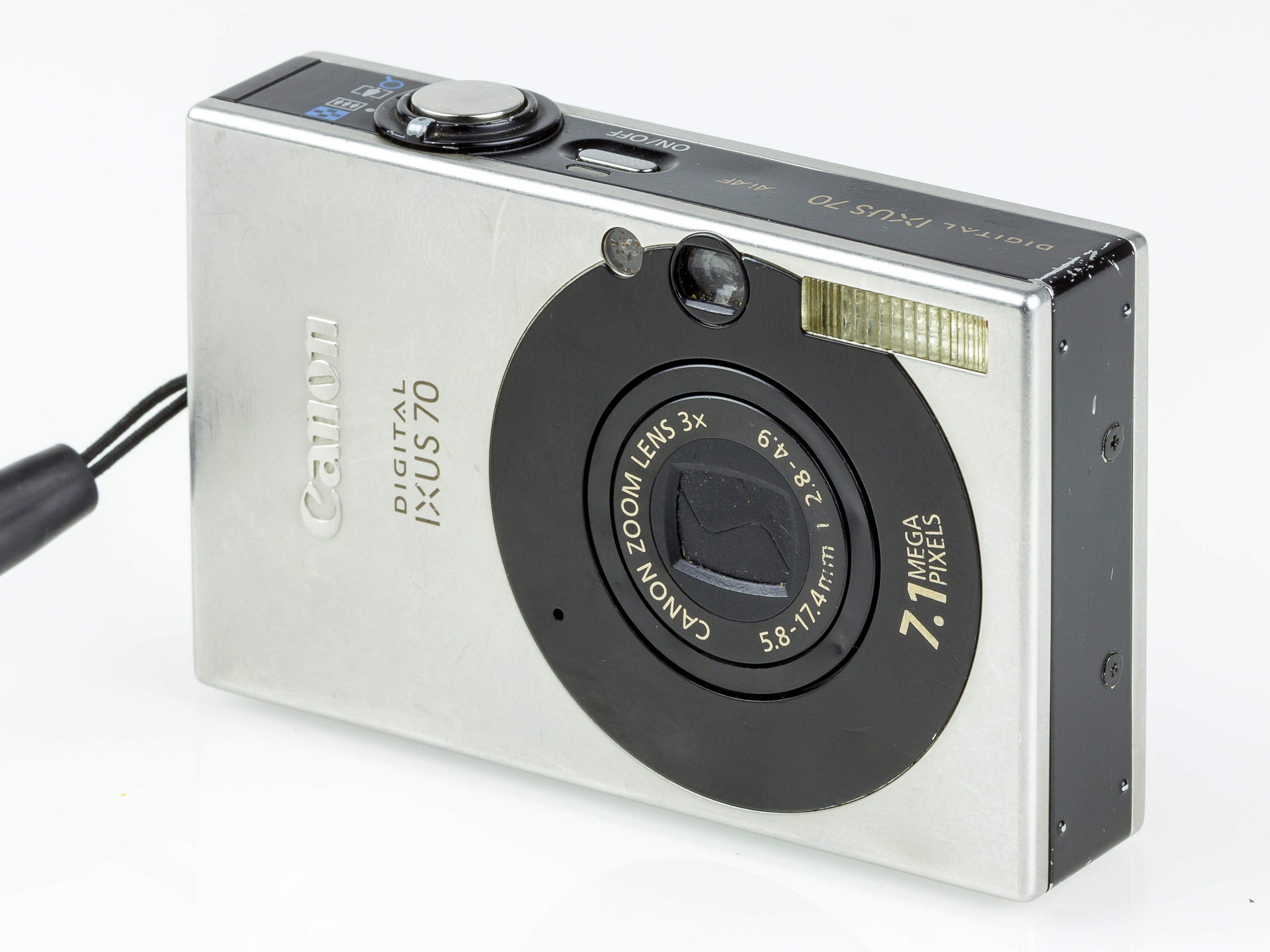 file canon digital ixus 70 front 4307 jpg wikimedia commons rh commons wikimedia org Digital Camera Microphone Digital Camera Mounting Bracket