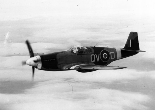 File:Charles Daniels Collection Photo North American P-51 Mustang (15265871131).jpg