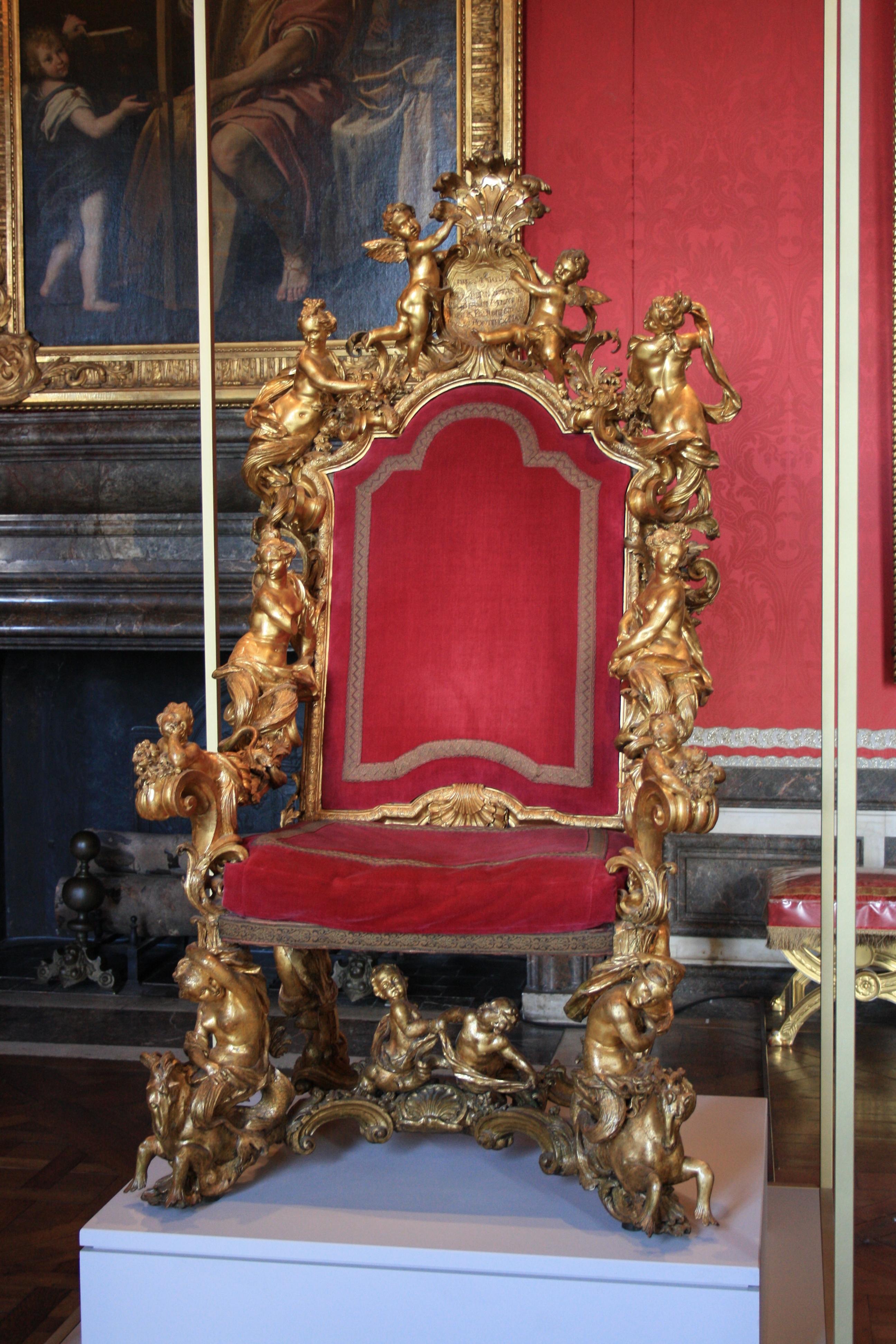 File chateau de versailles 2011 trone venitien wikimedia commons - Salle du trone versailles ...