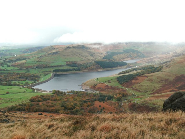 Chew Piece Plantation and Dovestone Reservoir - geograph.org.uk - 1558237