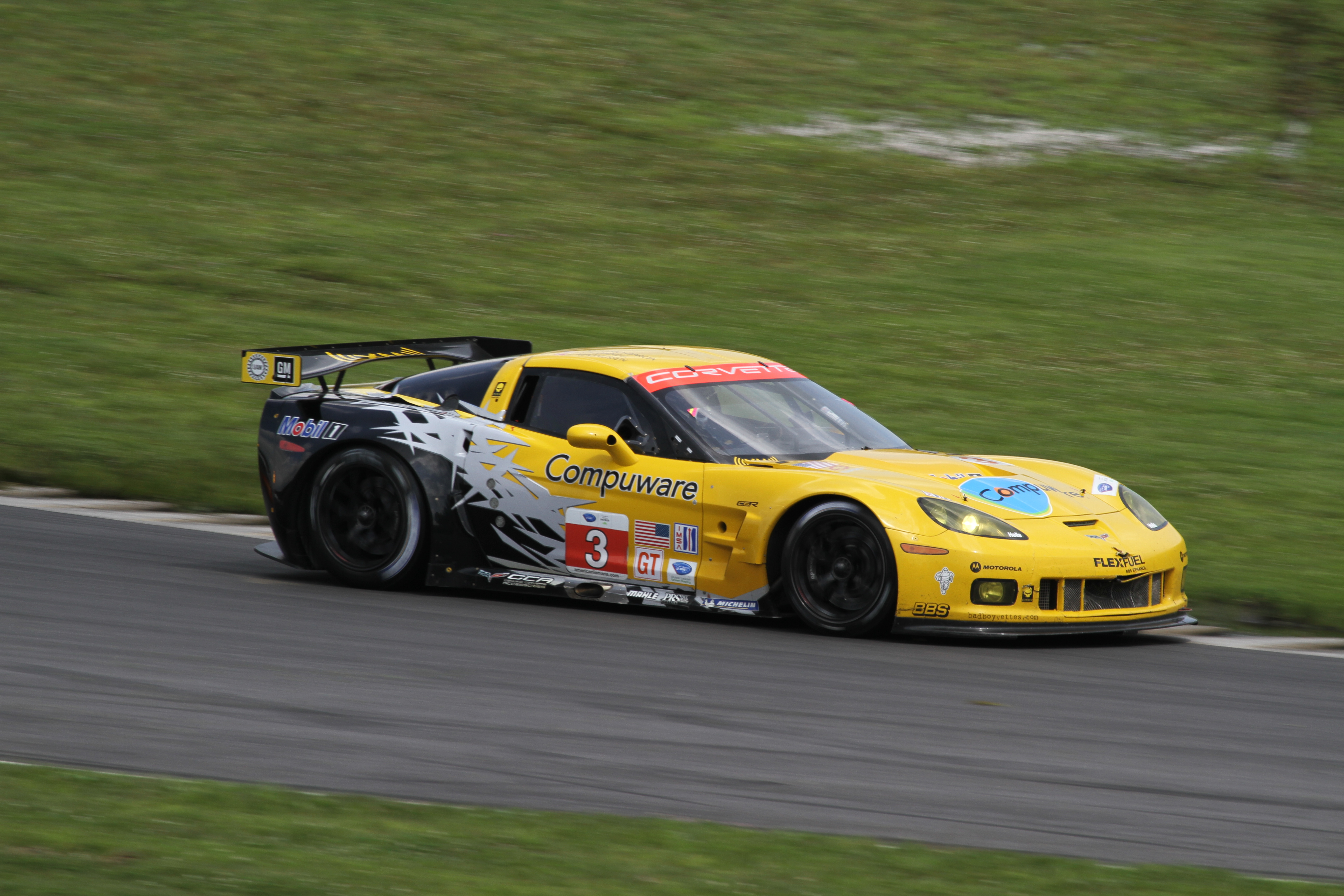file corvette alms 2010 northeast grand prix wikimedia commons. Black Bedroom Furniture Sets. Home Design Ideas