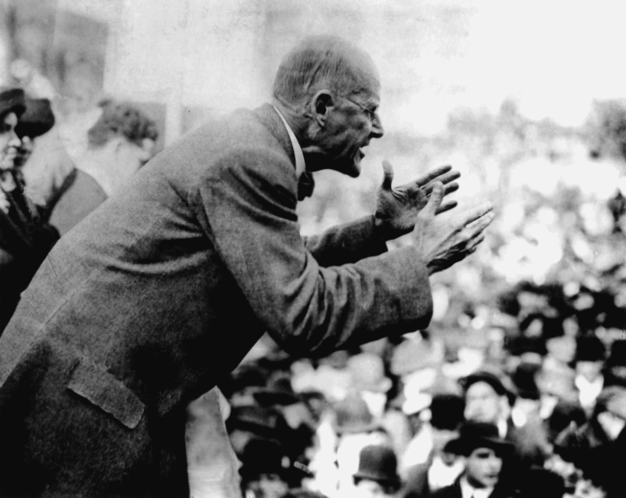 A biography of eugene victor debs an american politician