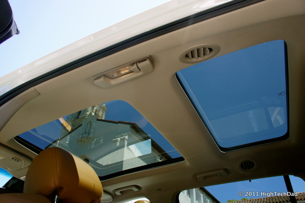 file dual sunroofs of lincoln mkt view 2 5872080812 jpg wikimedia commons. Black Bedroom Furniture Sets. Home Design Ideas