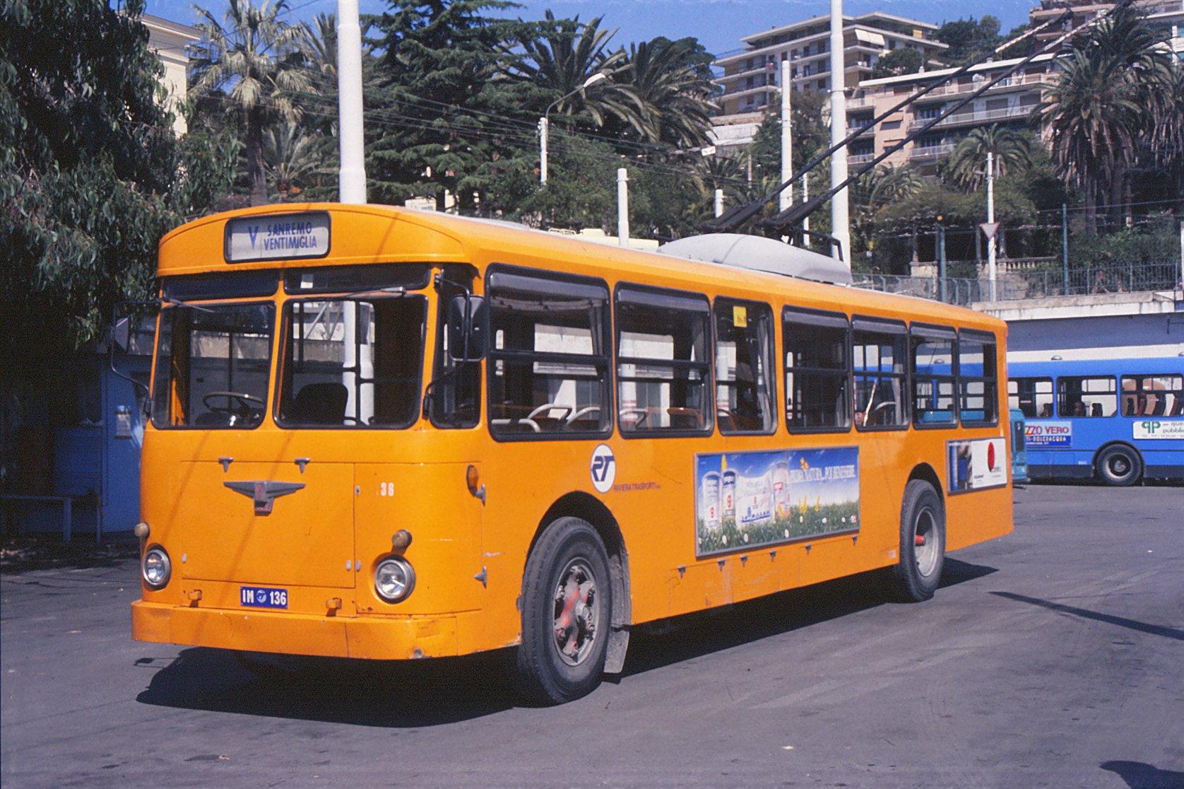 File:Filobus 1139 - Sanremo - 1988.jpg