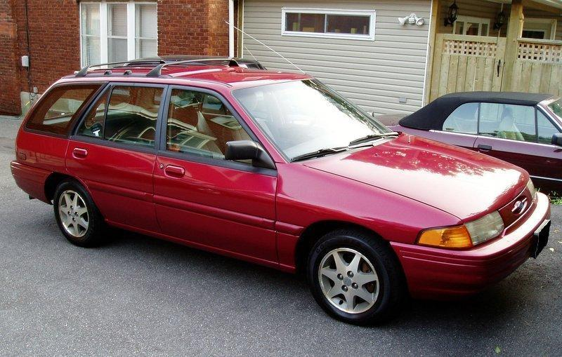 Used 1995 Ford Escort for sale -