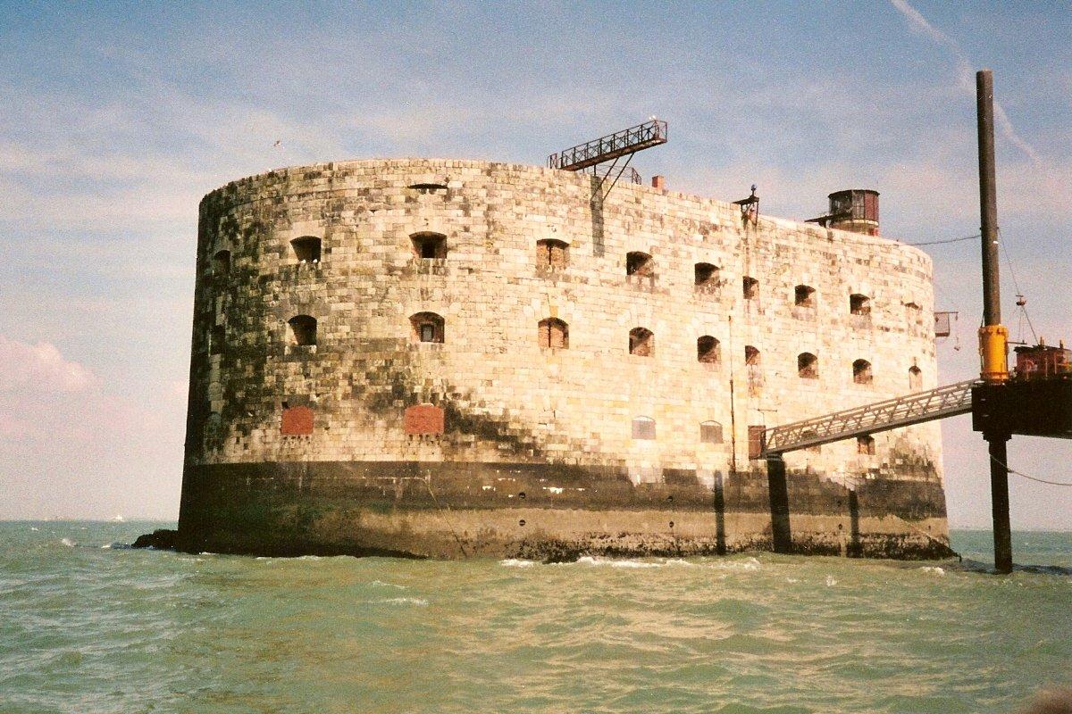 La Rochelle France  city photo : Description France 17 La Rochelle Fort boyard 01