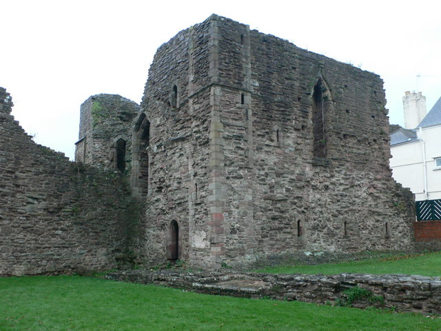 remains of the great tower of monmouth castle