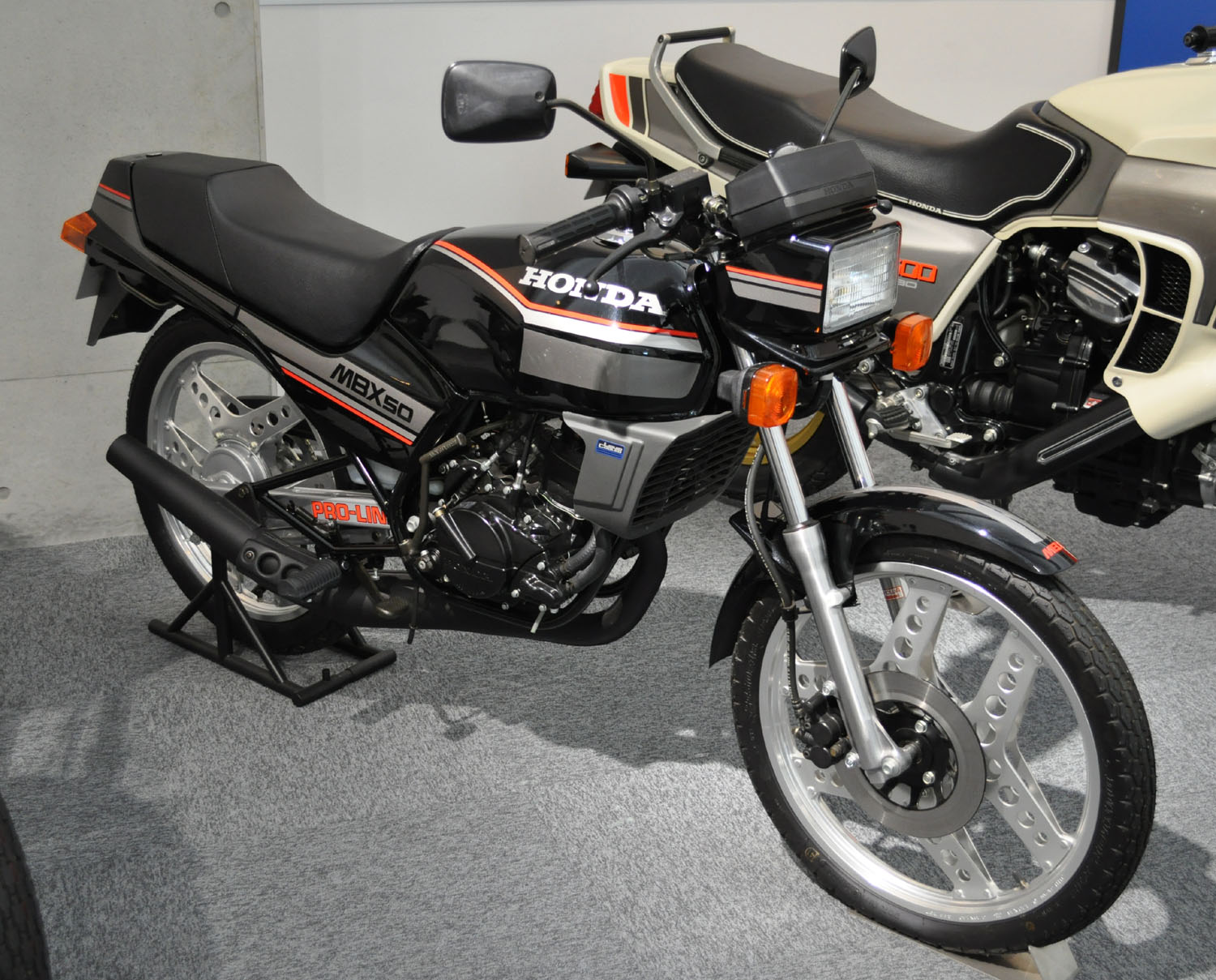 Honda Build And Price >> File:Honda MBX50.jpg - Wikimedia Commons