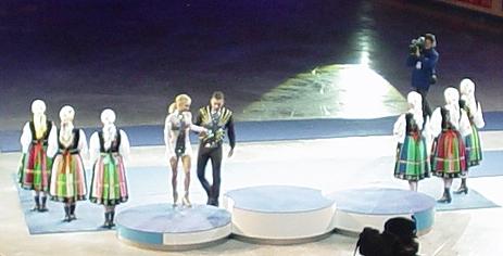 Hala Sportowa Torwar ve Varšavě 24. ledna 2007. Sportovní dvojice. Vítězové - Aliona Sawczenko a Robin Szolkowy